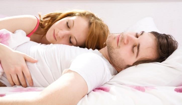 sex-helps-to-sleep-better